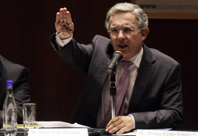 El expesidente de Colombia, y actual senador por el Centro Democrático, Álvaro Uribe.