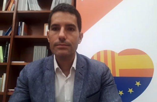 """Cs ve en la propuesta de JxCat de cesar a Muro una concepción """"de democracia tot"""