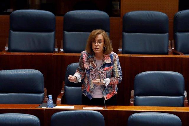 La diputada del PSOE, Purificación Causapié, durante su intervención en el pleno que la Asamblea de Madrid. En Madrid, (España), a 21 de mayo de 2020.