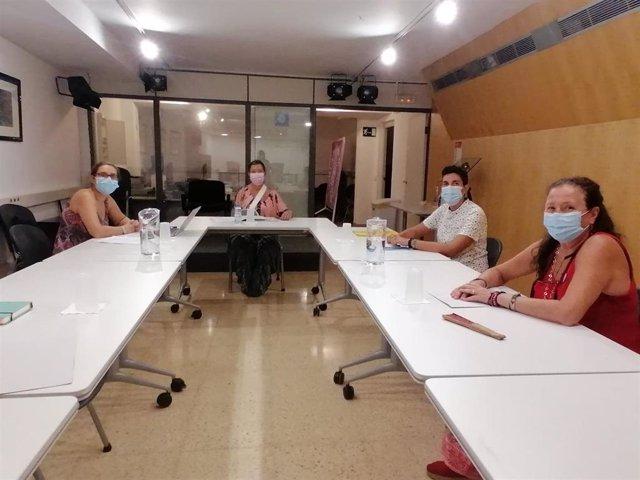 La consellera de Salud, Patricia Gómez, se reúne con la asociación ELA Balears