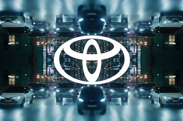 Nuevo logo de Toyota.