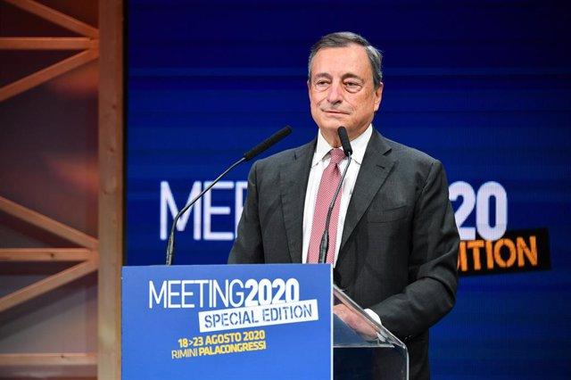 UE.- Draghi advierte de que la sostenibilidad de la deuda depende de los jóvenes