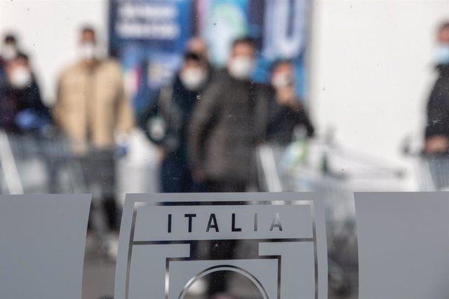 Coronavirus.- Italia registra otros 403 casos y cinco muertos tras confirmar var