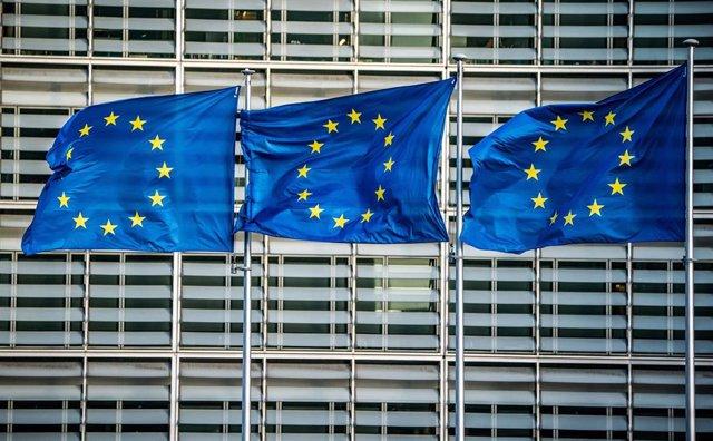 Banderas de la UE (Imagen de archivo)