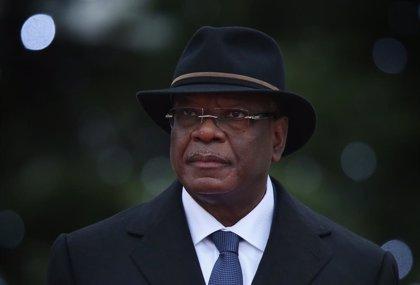 Malí.- El presidente de Malí anuncia su dimisión y la disolución del Gobierno tras ser detenido por militares rebeldes