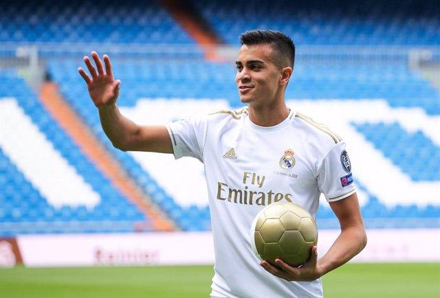 Fútbol.- El Real Madrid cede a Reinier Jesus al Borussia Dortmund durante dos añ