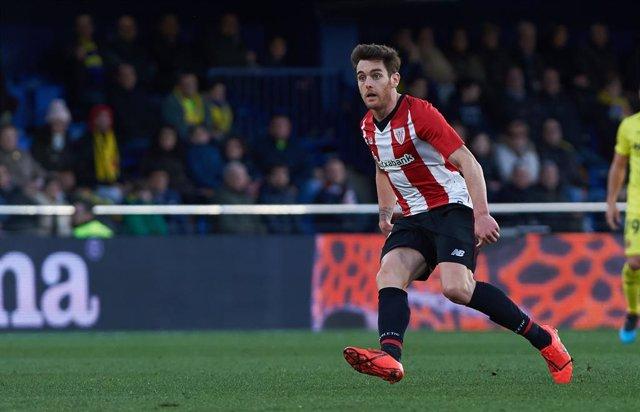 Fútbol.- Ibai Gómez se rompe la clavícula entrenando con el Athletic