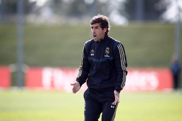 Fútbol.- El Real Madrid de Raúl González se clasifica para las semifinales de la