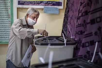 Egipto.- Egipto confirma una escasa participación del 14 por ciento en las elecciones de su restituido Senado
