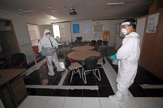 Coronavirus.- Corea del Sur alerta de que el último rebrote de Seúl está cerca d
