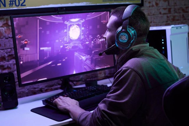 JBL lanza sus primeros auriculares 'gaming' en España, JBL Quantum