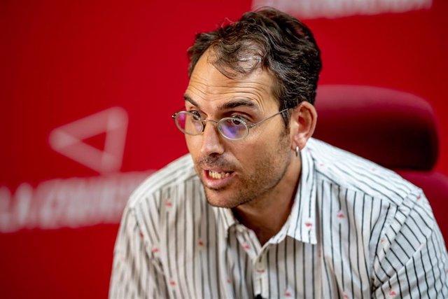 El coordinador general de IU Andalucía, Toni Valero, en una entrevista concedida a Europa Press.