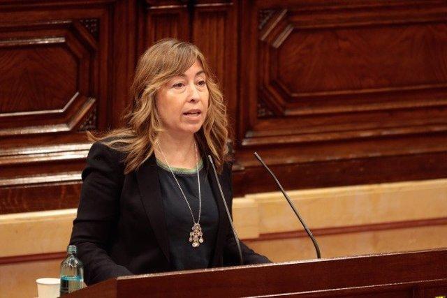La diputada del PSC en el Parlament Beatriz Silva en el ple del 4 de juny de 2020