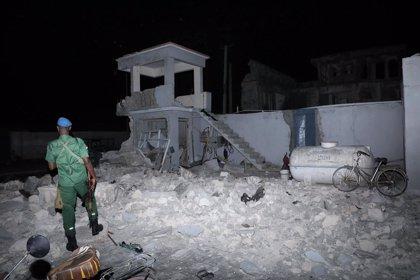 Somalia.- Un oficial de Policía suspendido y varios agentes detenidos en relación con el ataque a un hotel en Mogadiscio