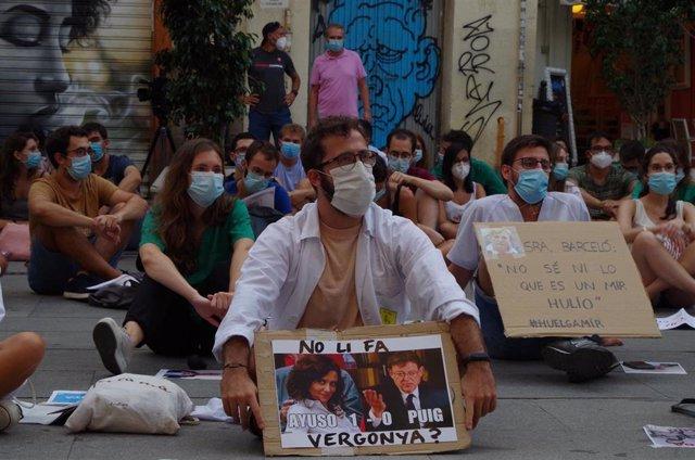 Protesta de archivo de los MIR en la Comunitat Valenciana