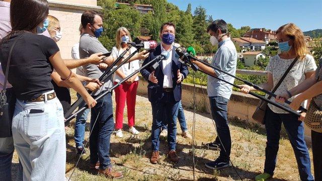 El vicepte.P.Aragonès després de participar en una reunió amb alcaldes d'ERC en contra de la cessió de romanents a l'Estat
