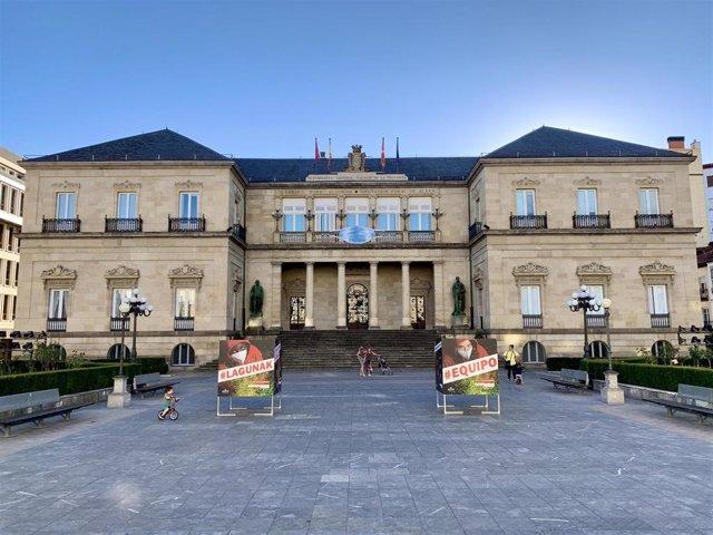 Continúan sumándose positivos en las residencias de la Diputación Foral de Álava.