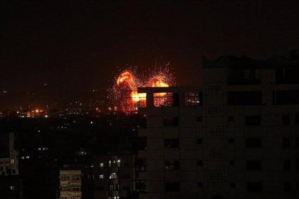 O.Próximo.- Israel bombardea nuevamente Gaza tras ataques con globos incendiarios y cohetes