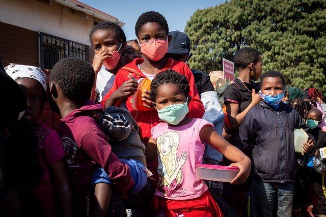 Coronavirus.- Sudáfrica roza los 600.000 casos de coronavirus con algo más de 12