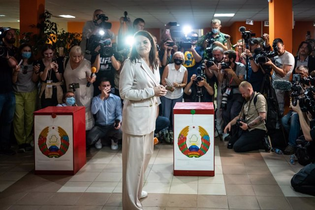 """Bielorrusia.- La oposición bielorrusa plantea la 'vía venezolana', con una """"dual"""