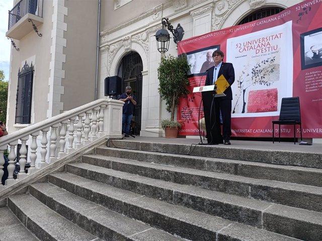 L'expresident de la Generalitat Carles Puigdemont pronuncia una conferència en la 52 Universitat Catalana d'Estiu (UCE), en Prada de Conflent, el divendres 21 d'agost de 2020