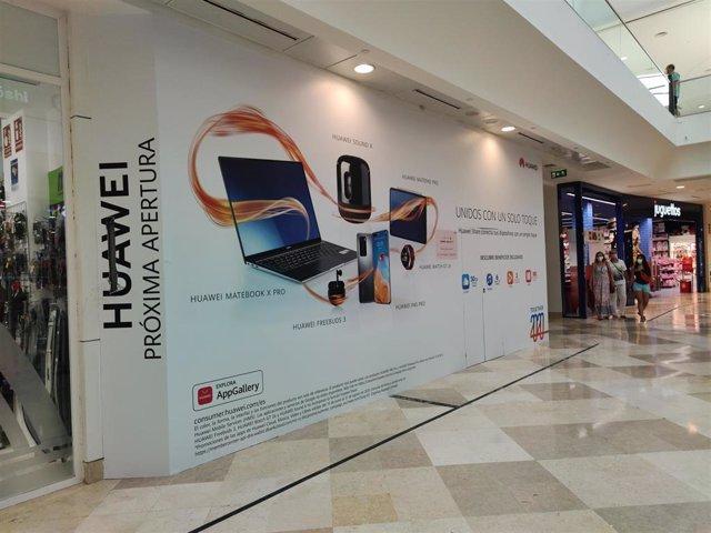 Tienda de Huawei en intu Xanadú