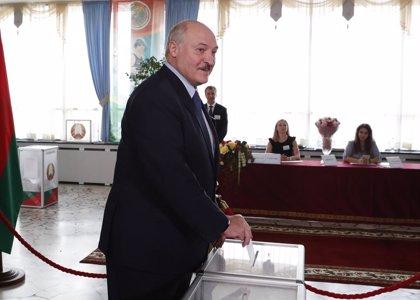 """Bielorrusia.- Lukashenko ordena al Ejército que """"defienda la integridad territorial de Bielorrusia"""""""