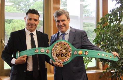 'Maravilla' Martínez regresa al boxeo seis años después con un claro triunfo ante el español Fandiño
