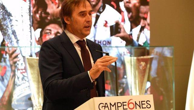 "Fútbol/Liga Europa.- Lopetegui se acuerda de ""los padres de Reyes"" en la celebra"