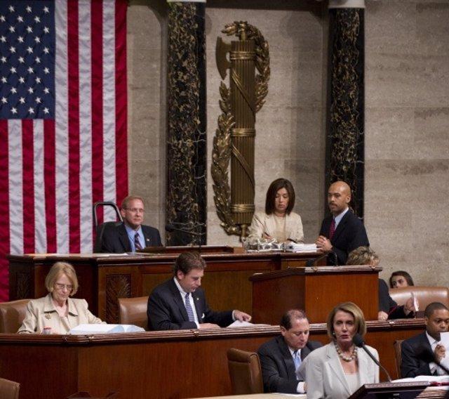 AMP.- EEUU.- La Cámara de Representantes de EEUU aprueba un fondo de 25.000 mill