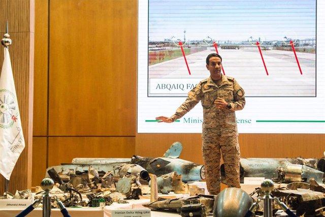 El portavoz de la coalición militar encabezada por Arabia Saudí en Yemen, Turki al Malki.