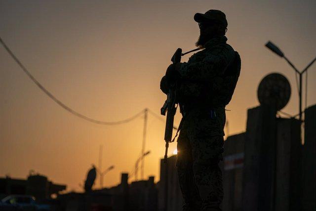 Irak.- La coalición comienza la devolución de la base militar de Camp Taji al Ej