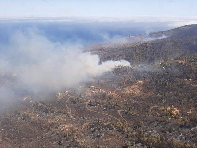 El incendio de Garafía (La Palma) en la tarde de este domingo