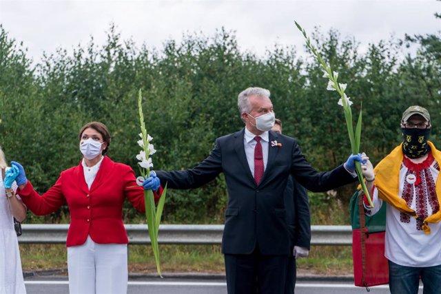 Bielorrusia.- Unas 50.000 personas participan en una cadena humana en Lituania e
