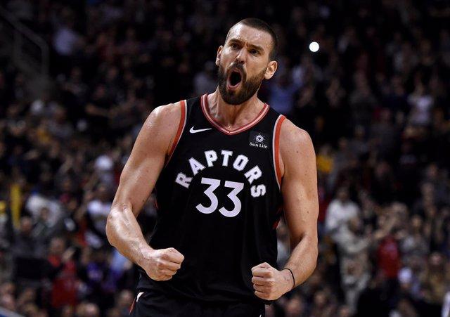 Baloncesto/NBA.- Los Raptors barren a Brooklyn con una exhibición ofensiva