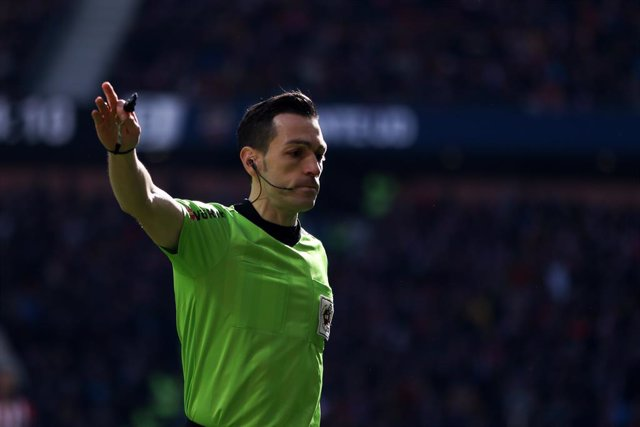 Soccer: La Liga - Atletico de Madrid v Levante