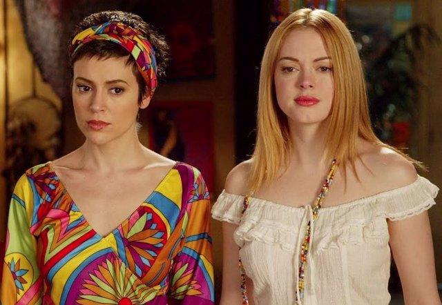 Alyssa Milano Y Rose Mcgowan En Embrujadas