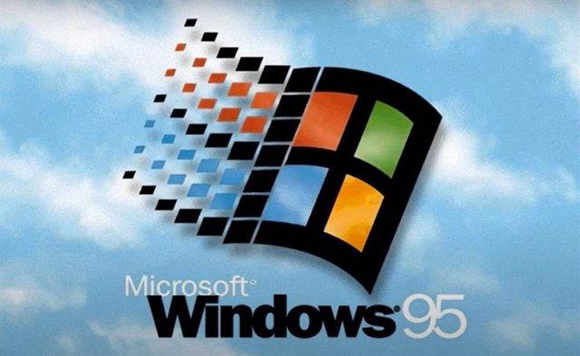 Cumple 25 años Windows 95, la versión que introdujo la interfaz gráfica de usuar