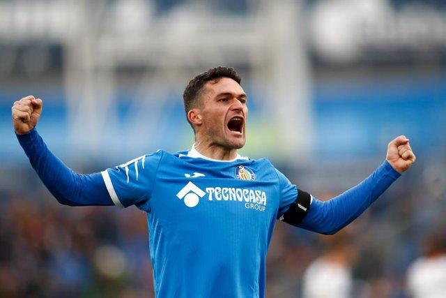 Fútbol.- Jorge Molina firma dos temporadas con el Granada y jugará hasta los 40