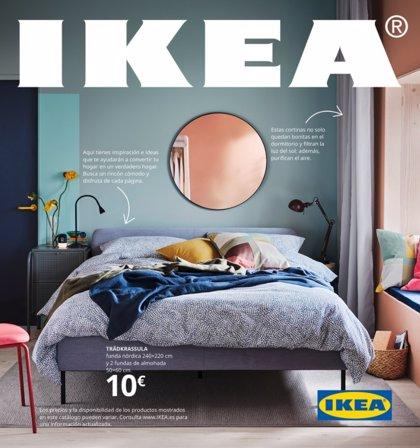 Ikea lanza 'online' su icónico catálogo, que no distribuirá en los hogares españoles por el coronavirus