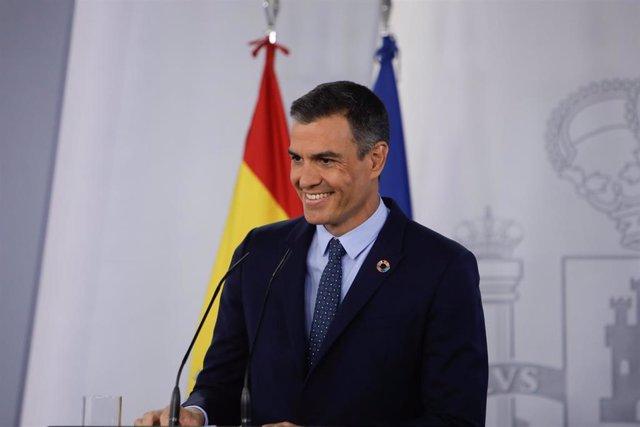 El presidente del Gobierno, Pedro Sánchez, en rueda de prensa al término de la primera reunión del Consejo de Ministros