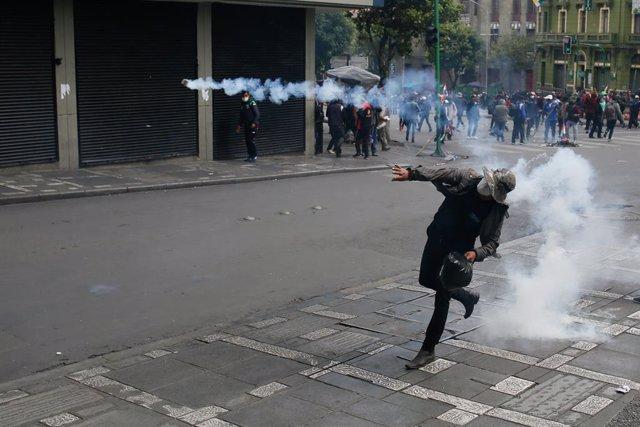 Bolivia.- El Gobierno boliviano desmarca a policías y militares de las muertes e
