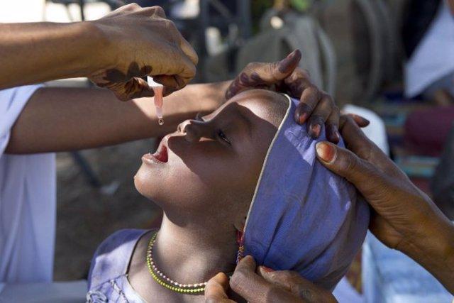 Vacunación de la polio