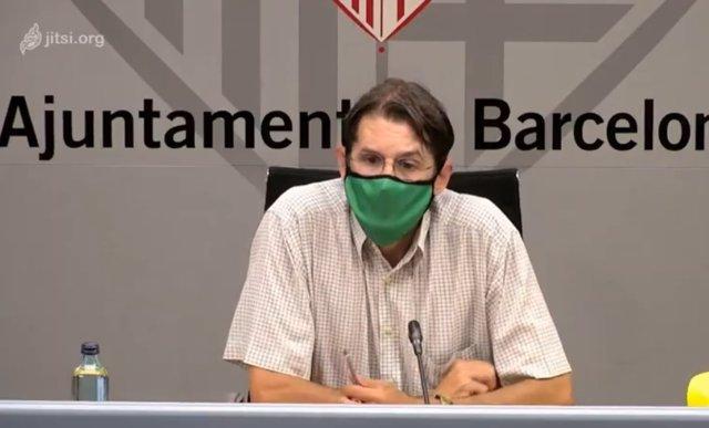 Roda de premsa del gerent de Medi ambient i Serveis Urbans de Barcelona, Frederic Ximeno, després de la caiguda d'una palmera al parc de la Ciutadella