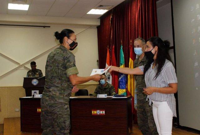 Militares reciben certificado de Asesores de Género para operaciones militares.