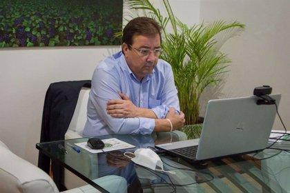 """Fútbol.- Fernández Vara cree que si Messi quiere cambiar de equipo """"quizás sea lo mejor para él y para el Barça"""""""