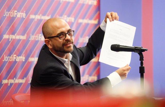 Fútbol.- El precandidato Jordi Farré presenta una moción de censura contra Barto