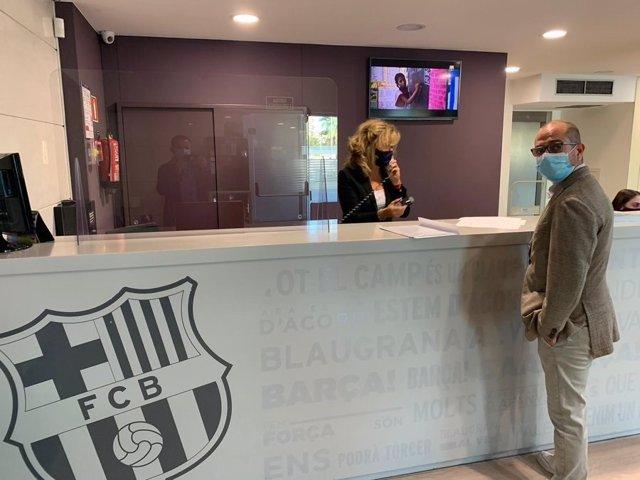AMP.- Fútbol.- El precandidato Jordi Farré presenta la moción de censura contra