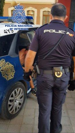 """Nota Prensa: """" Detenido Por La Policía Nacional Tras Agredir A Dos Jóvenes Causando Un Corte En El Cuello Junto A La Yugular"""""""