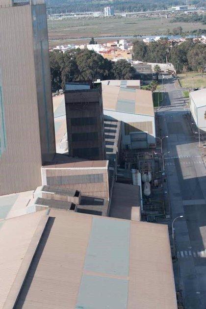 Trabajadores de Phoenix, la empresa auxiliar de Acerinox, cumplen más de tres semanas en huelga indefinida